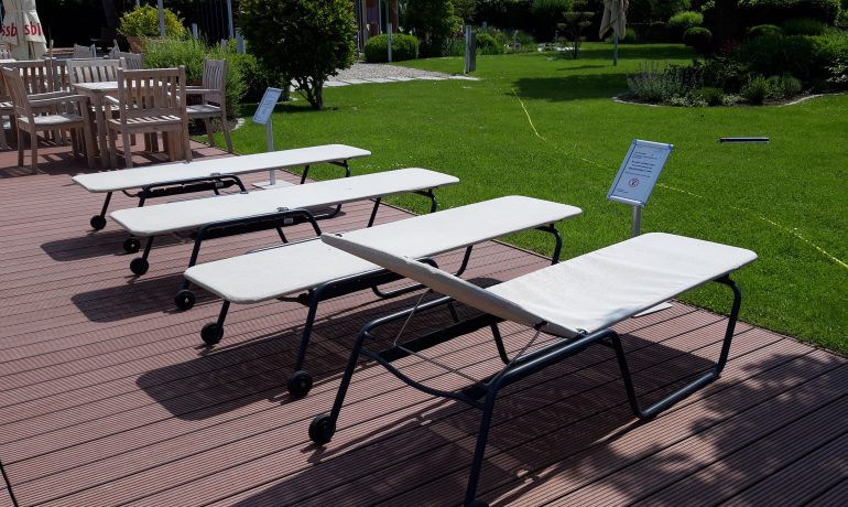 Ref. Flachliege LOTA Garten Thermalbad Aukamtal